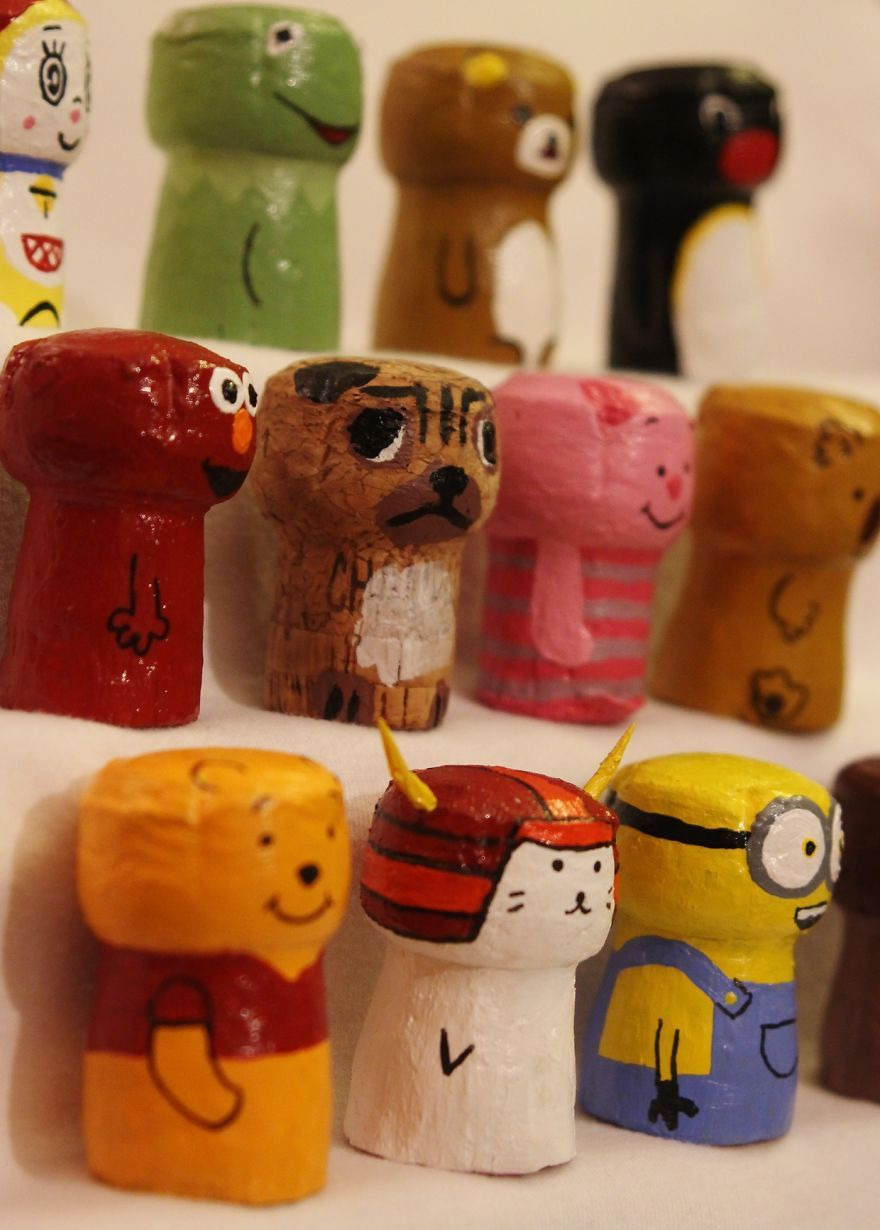 I Turn Champagne Corks Into Popular Characters In 2020 Champagne Cork Crafts Cork Crafts Diy Wine Cork Art