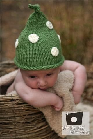 Emerald Baby Knit Pixie Hat Infant Kelly Green by deusprovidebit ... 001eb282574f