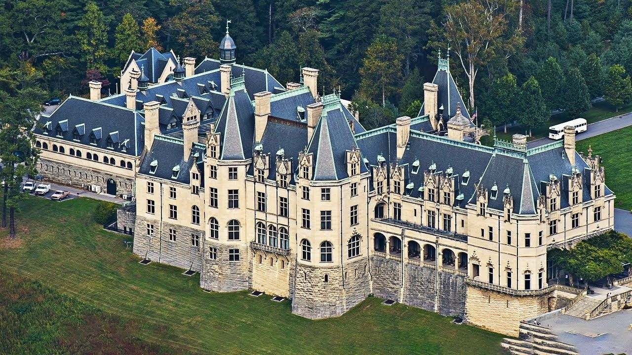 10 Biggest Houses In The World In 2020 Biltmore House Big Mansions Houses In America