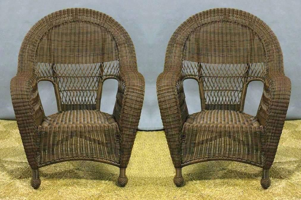 Outdoor Wicker Dining Chairs - http://www.troutdoor.com/outdoor-wicker-dining-chairs/ : #Outdoor Outdoor Wicker Dining Chairs – Wicker refers to the final outcome of fabric materials, such as rattan cane and paper fiber. According to the tutorial repairing wicker chairs, no real material like wicker. While wicker furniture is common in outdoor areas like decks and patios, sun, wind...