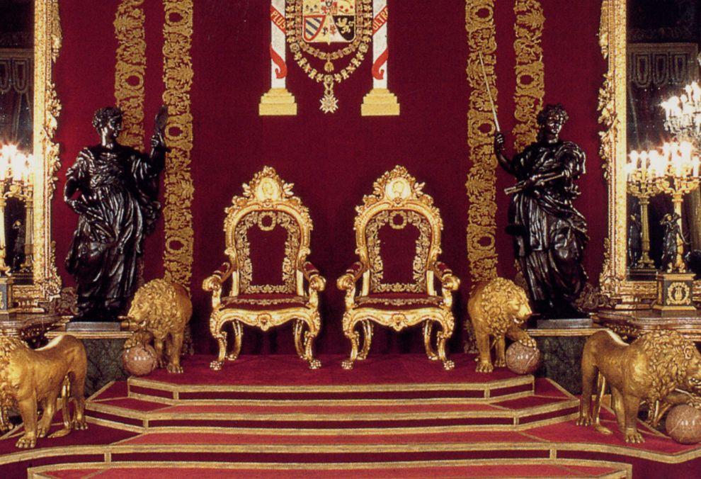 saln del trono del palacio real de madrid  Buscar con Google