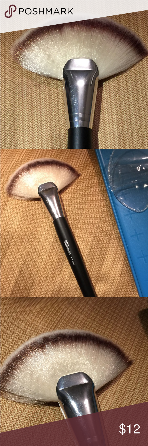 Large Fan Makeup Brush F11 Large Fan Brush Use This Amazing Fluffy Brush To Apply Highlighter To Your High Points O Fan Brush Makeup Natural Contour Large Fan