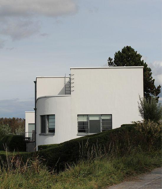modernist house 1934 by florimond vervalcke for the. Black Bedroom Furniture Sets. Home Design Ideas
