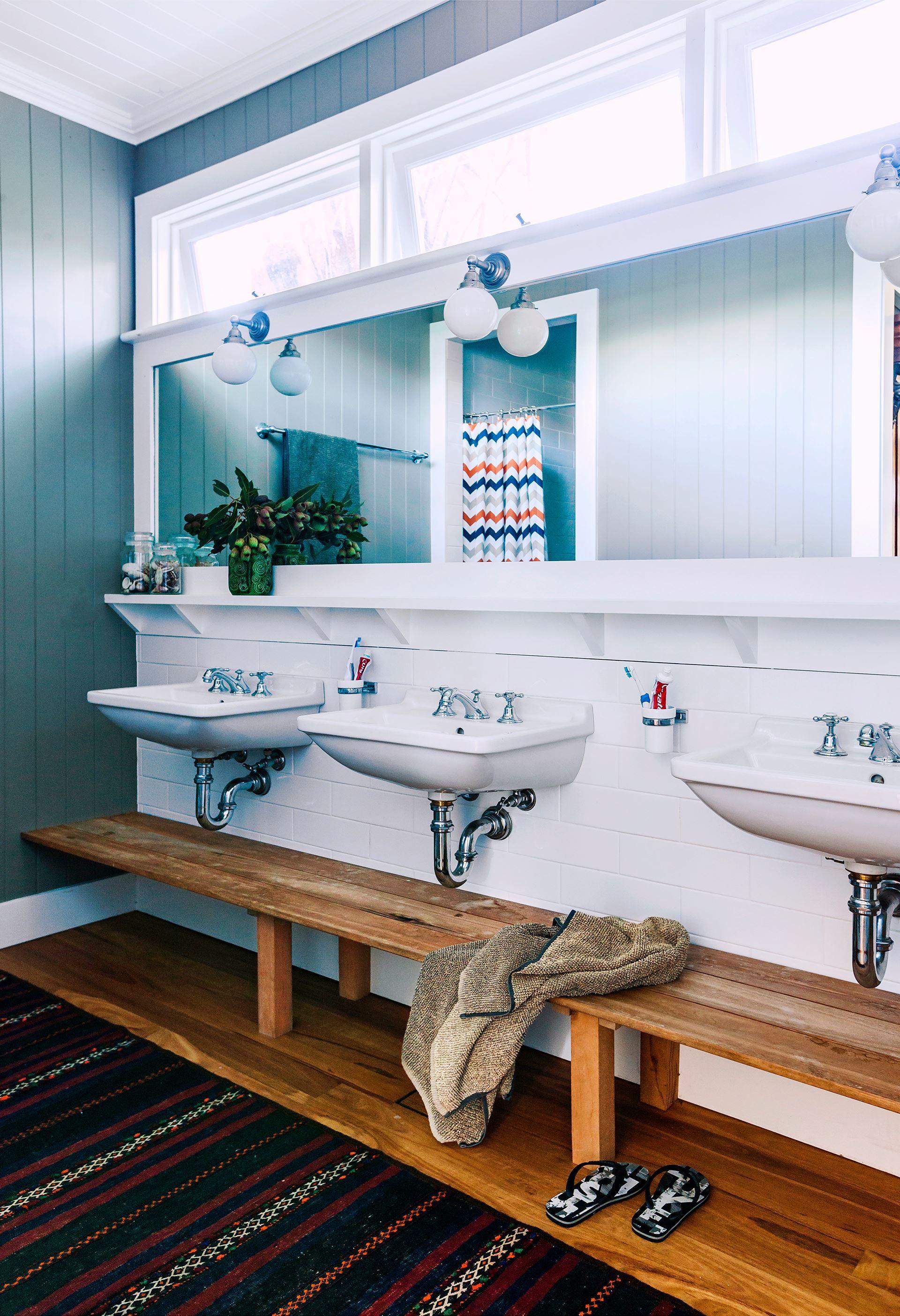 Bettina and David\'s renovated Queenslander:The boys\' bathroom ...