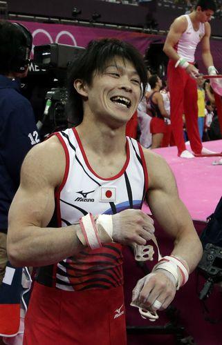 Uchimura of Japan wins gold in men's gymnastics all-around ...