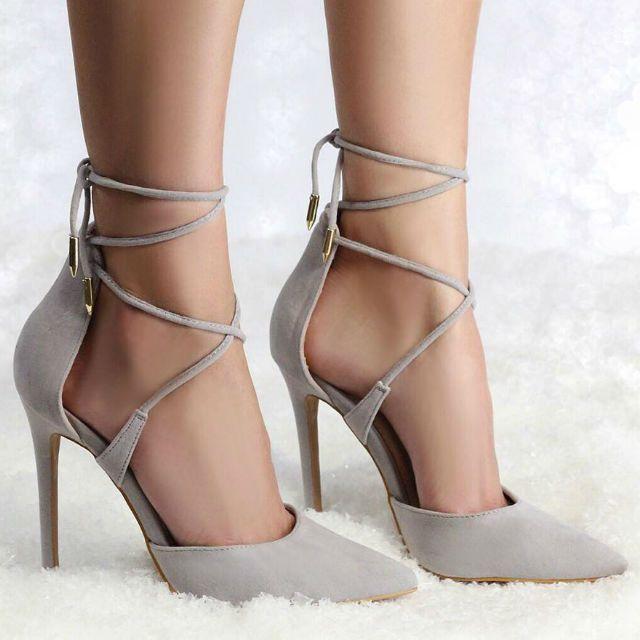Mode Damenschuhe Sexy Damen Heels Leicht Flach Geschlossen Toe Strass Court Schuhe Sandalen
