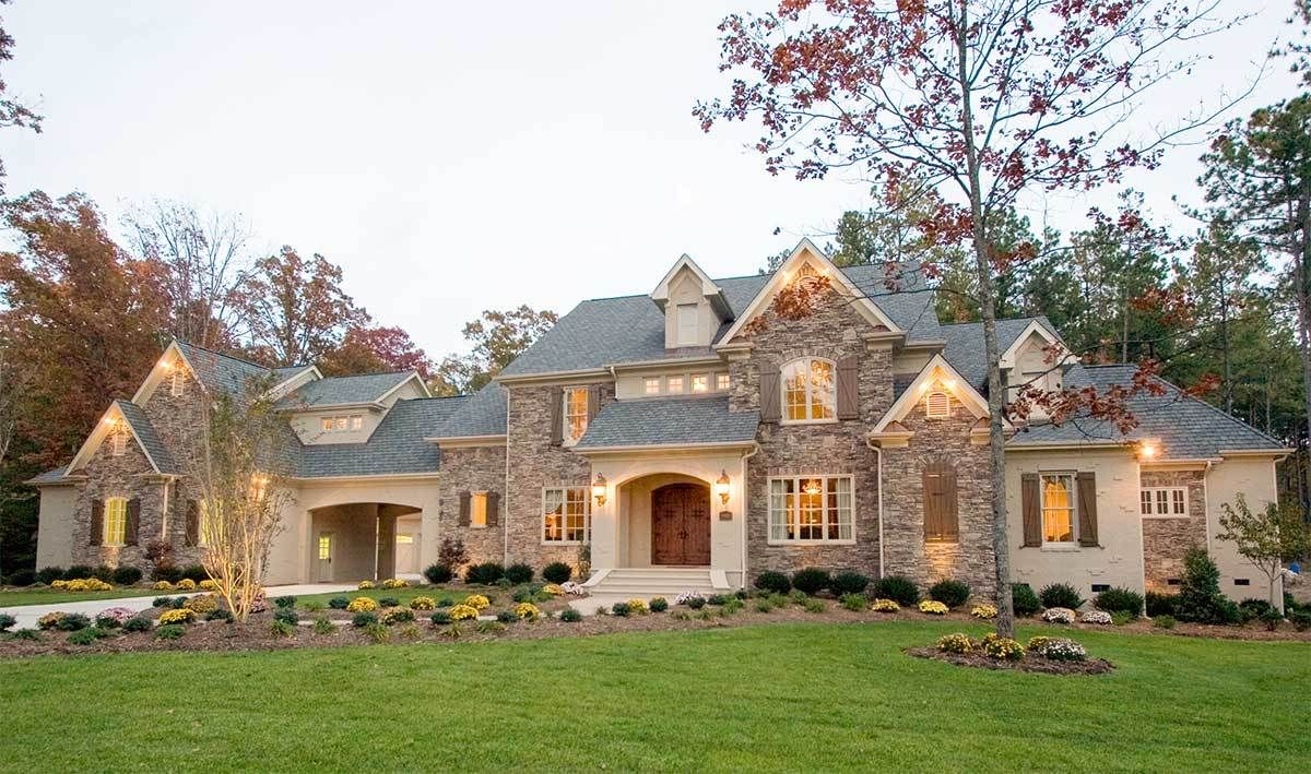 Plan 67114gl Elegant Stone And Stucco Luxury 4 Bed House Plan Stone House Plans House Plans Stone Exterior Houses
