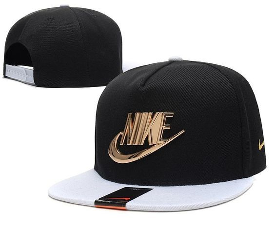 Men's Nike Classic Futura True Golden Metallic Check Snapback Hat - Red