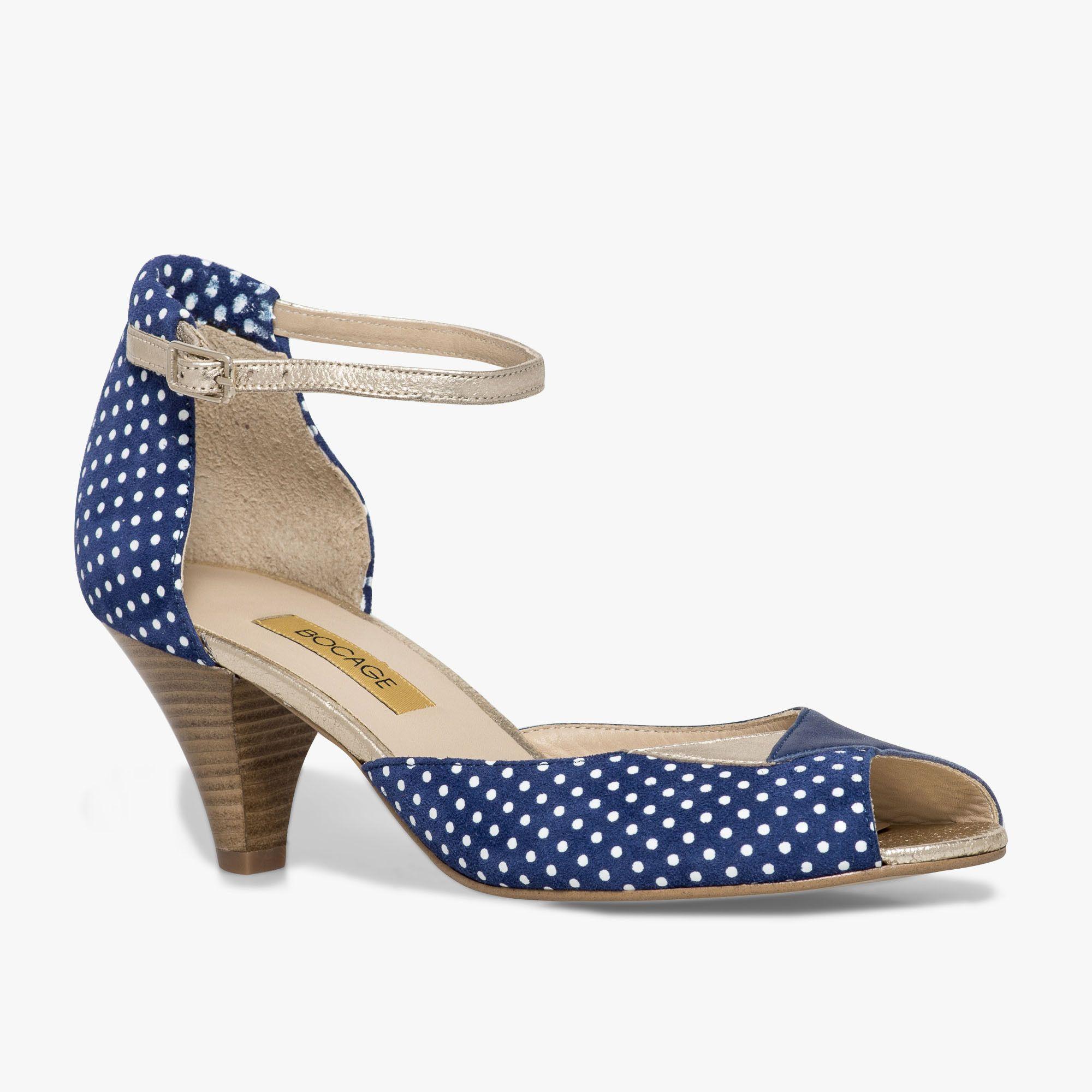 f06e7e7c0f7308 Escarpin bleu en cuir | Chaussures | Escarpin bleu, Escarpins et ...