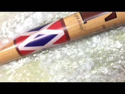 Harley Quinn's Bat (Suicide Squad) On A Budget - How To DIY - YouTube