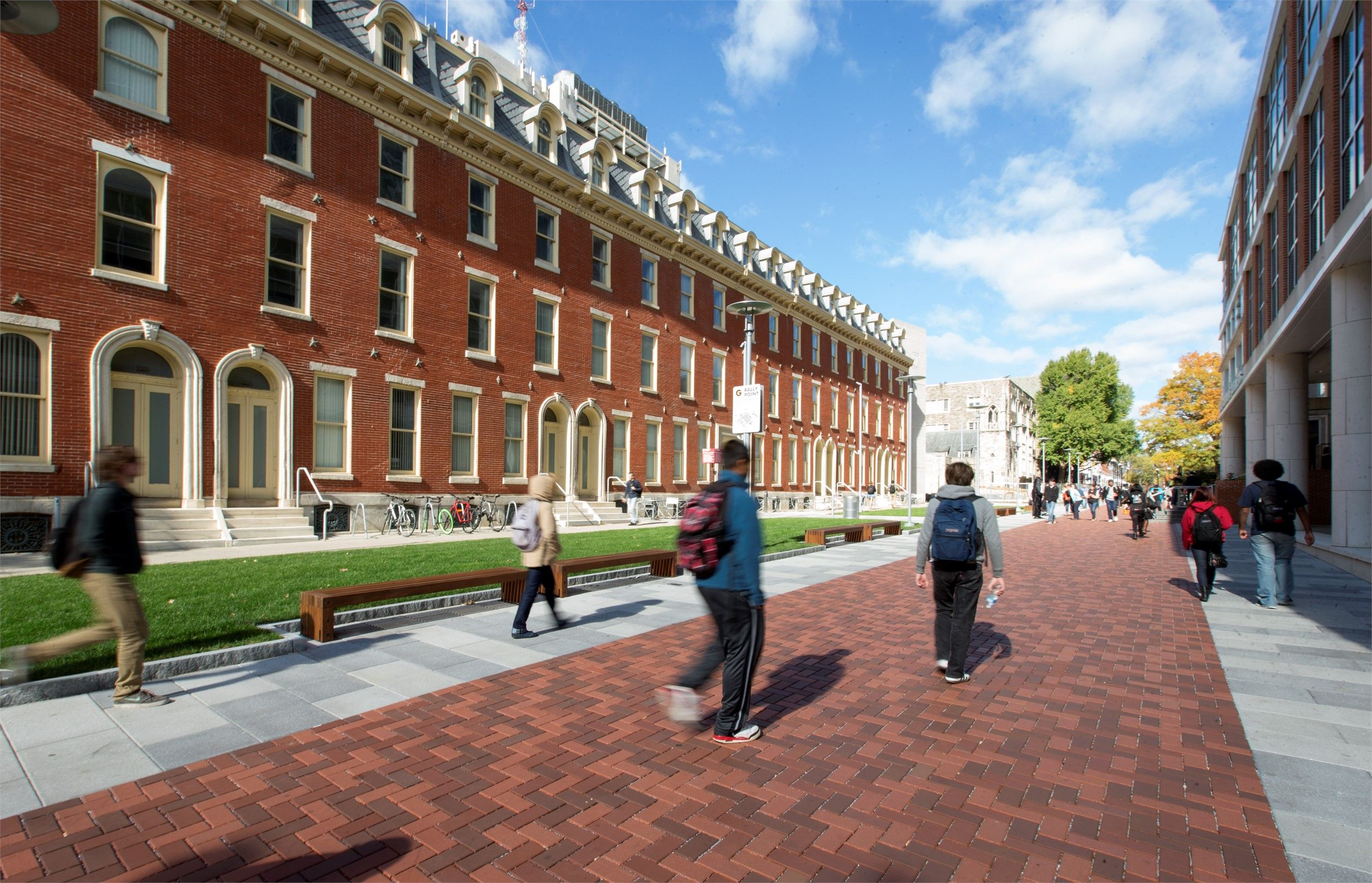 Liacouras Walk With Images Temple University Temple Campus