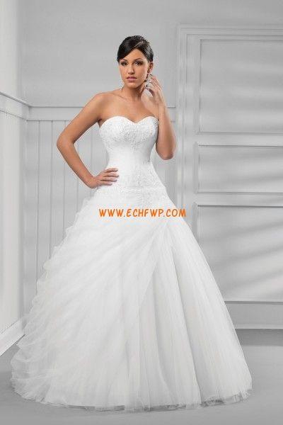 34bfaf098636 Stile Principessa Moderno Applique Abiti da Sposa D epoca ...