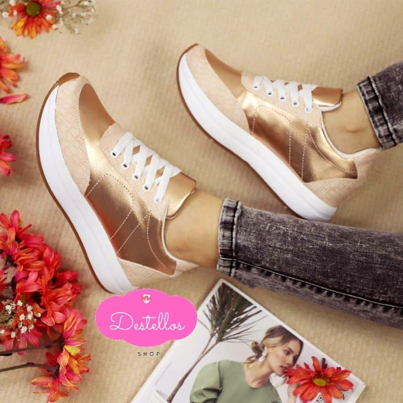 NUEVA COLECCIÓN CLÁSICA DESTELLOS 🎞🎬 Precio de promoción: $65.000 • Todas las tallas disponibles. • Envío gratis rápido y seguro. • .¡ PROMOCIÓN VÁLIDA HASTA AGOTAR STOCK ! ᯾𝙋𝙍𝙀𝙂𝙐𝙉𝙏𝘼 𝙋𝙊𝙍 𝙀𝙇 𝙈𝙊𝘿𝙀𝙇𝙊 𝙌𝙐𝙀 𝙏𝙀 𝙂𝙐𝙎𝙏𝙀 ᯾ . . #sneakerblancas #shoes #heels #shoe #toptags #instashoes #fashion #style #shoeshopping #shoeporn #cute #photooftheday #shoegasm #shoeslovers #beautiful #shoesfashion #shoesoftheday #flatshoes #shoesaddict #loveshoes #iloveshoes #instaheels #fashion