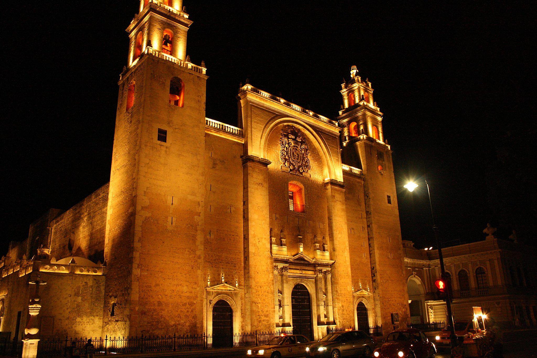 fachada de la iglesia de Mérida