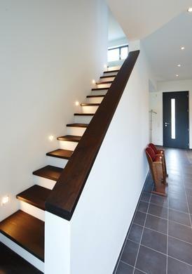 foto3_profil (274×390) | stairs | pinterest - Treppenhaus Einfamilienhaus
