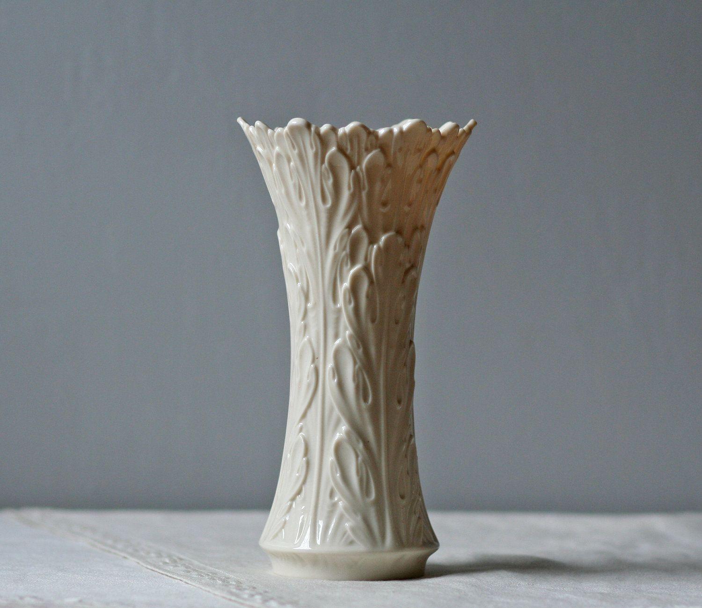 White porcelain lenox vase leaf pattern porcelain white white porcelain lenox vase leaf pattern floridaeventfo Image collections
