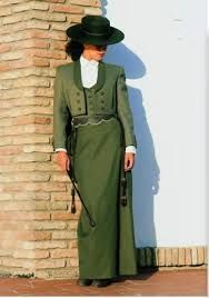 Afbeeldingsresultaat voor trajes de cordobesa mujer  02f56969b43
