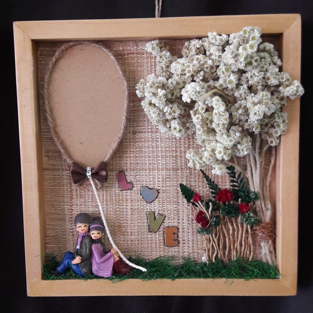 Bunga Edelweis Bunga Abadi Tipe Bingkai Edelweiss Couple In Love Eksklusif Cocok Sebagai Kado Unik Untuk Pasangan Atau Sahaba Bunga Kertas Kreatif Ide Hadiah