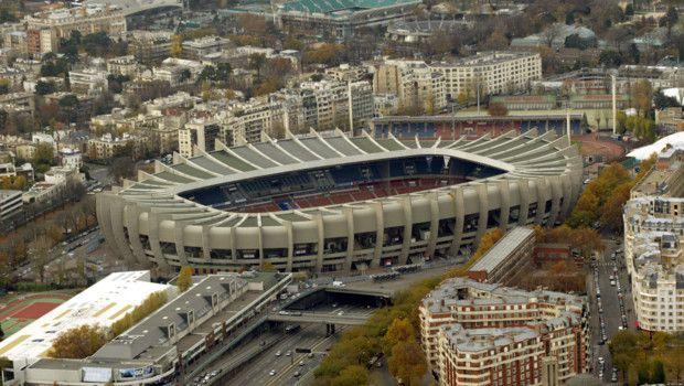 El Parque De Los Principes Parc Des Princes De Paris Francia Es Un Estadio Para La Practica De Futbol Stadium Architecture Soccer Fans Paris Saint Germain
