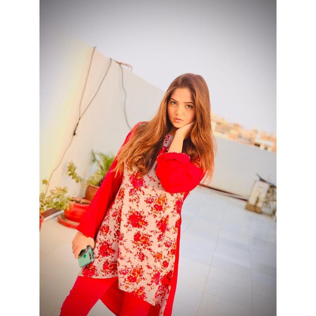 Hafsa Khan Famous Pakistani Tiktok Star Stylish Girls Photos Stylish Dpz Punjabi Fashion