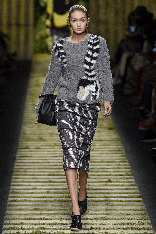 Gigi Hadid for Max Mara - Spring/Summer 2017 - Milan Fashion Week.