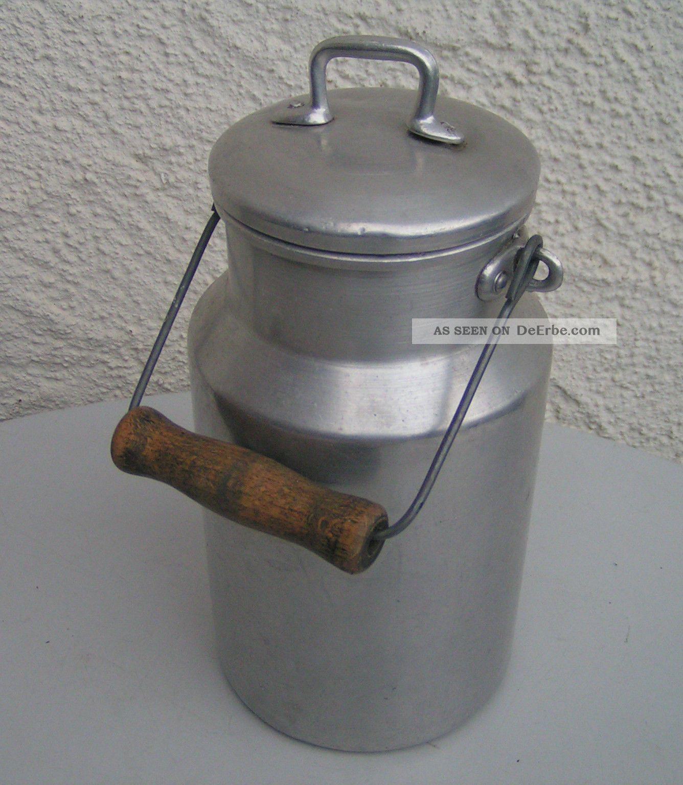 alte_milchkanne___aluminium___mit_deckel_und_holzhenkel___ca___