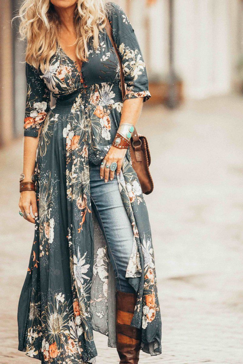 da42ae628891 Are you ready for the best boho-chic maxi dress ever! Get the look ...