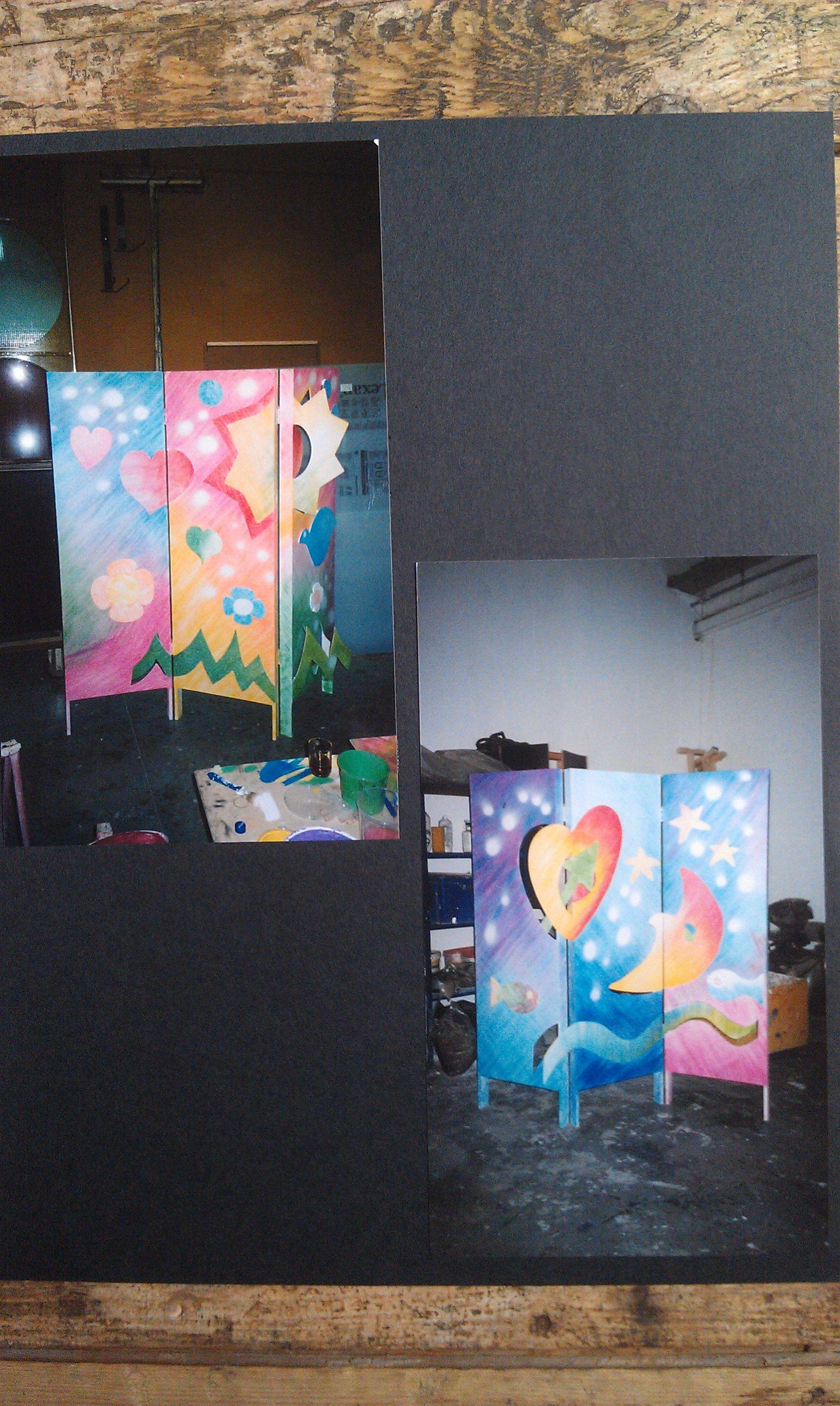 Canvas kamerscherm met behang en sticker als hoofdbord bij het bed ...