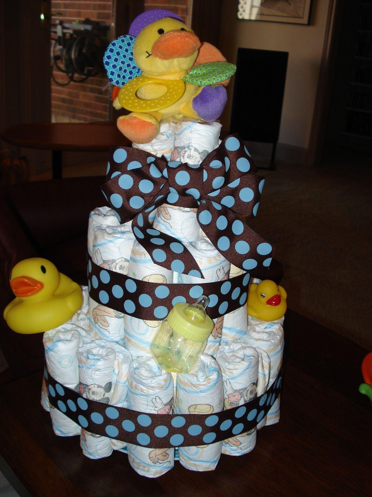 Easy Diaper Cake Baby Shower Gifts Baby Shower Shower
