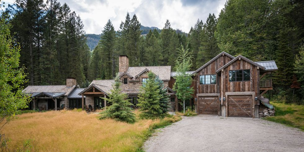 Inside This Wyoming Home Is the Coolest Dining Room Youve Ever Seen
