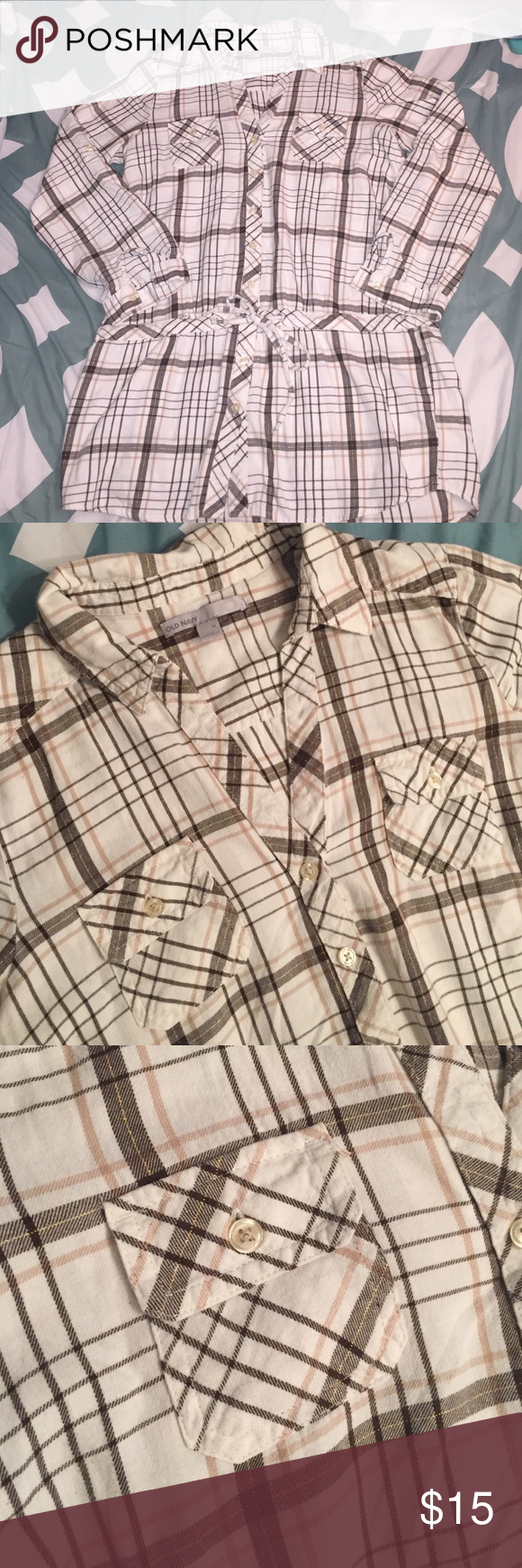 Old Navy plaid tunic Old Navy plaid brown, cream, tan and gold tunic. Great condition, smoke free home, great for fall! Size medium Old Navy Tops Tunics