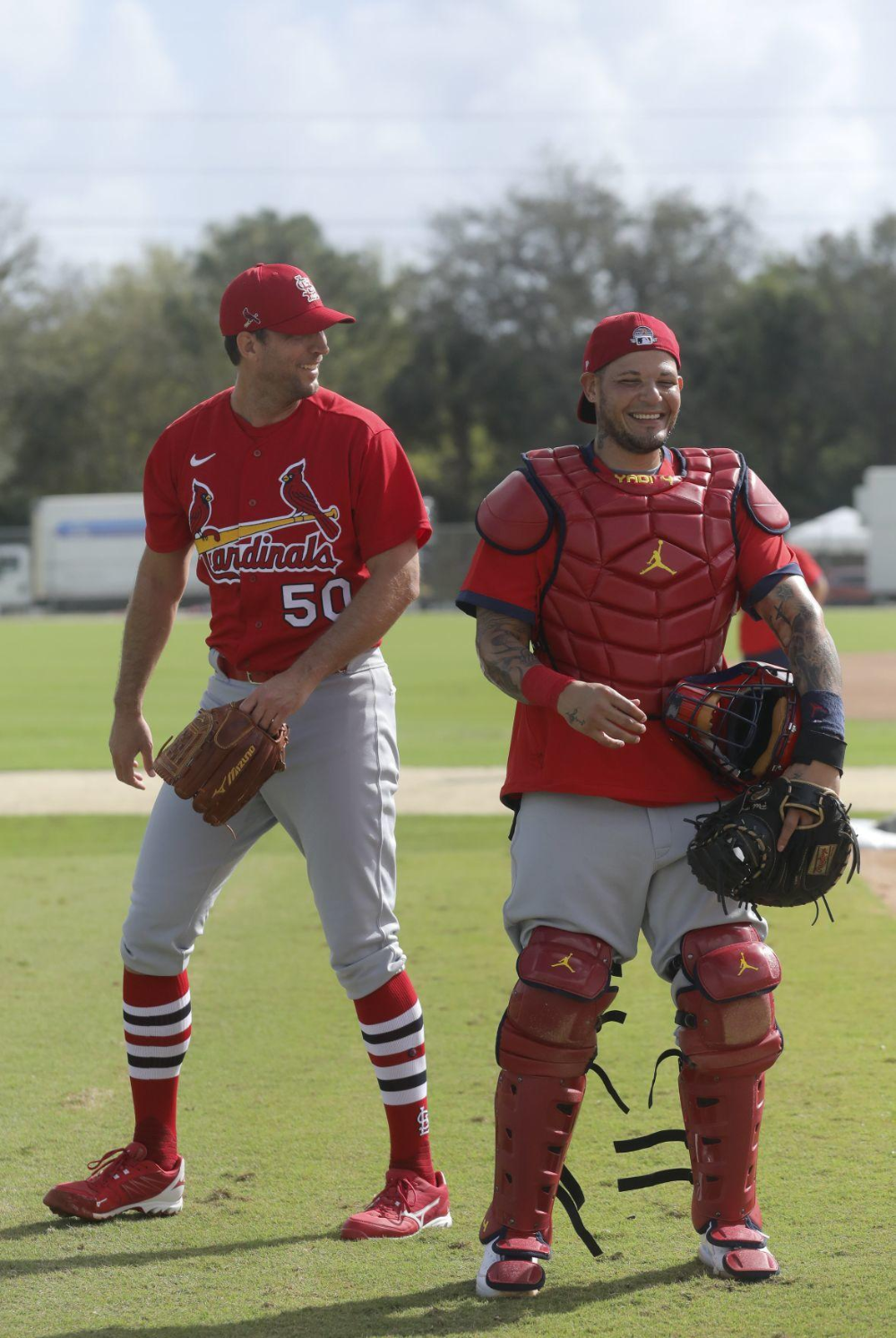 Photo of Photos: Molina and Wainwright during the first week of Cardinals spring training