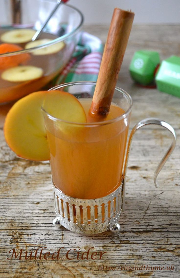 Recipe for mulled cider and for mulled apple juice. Fruity