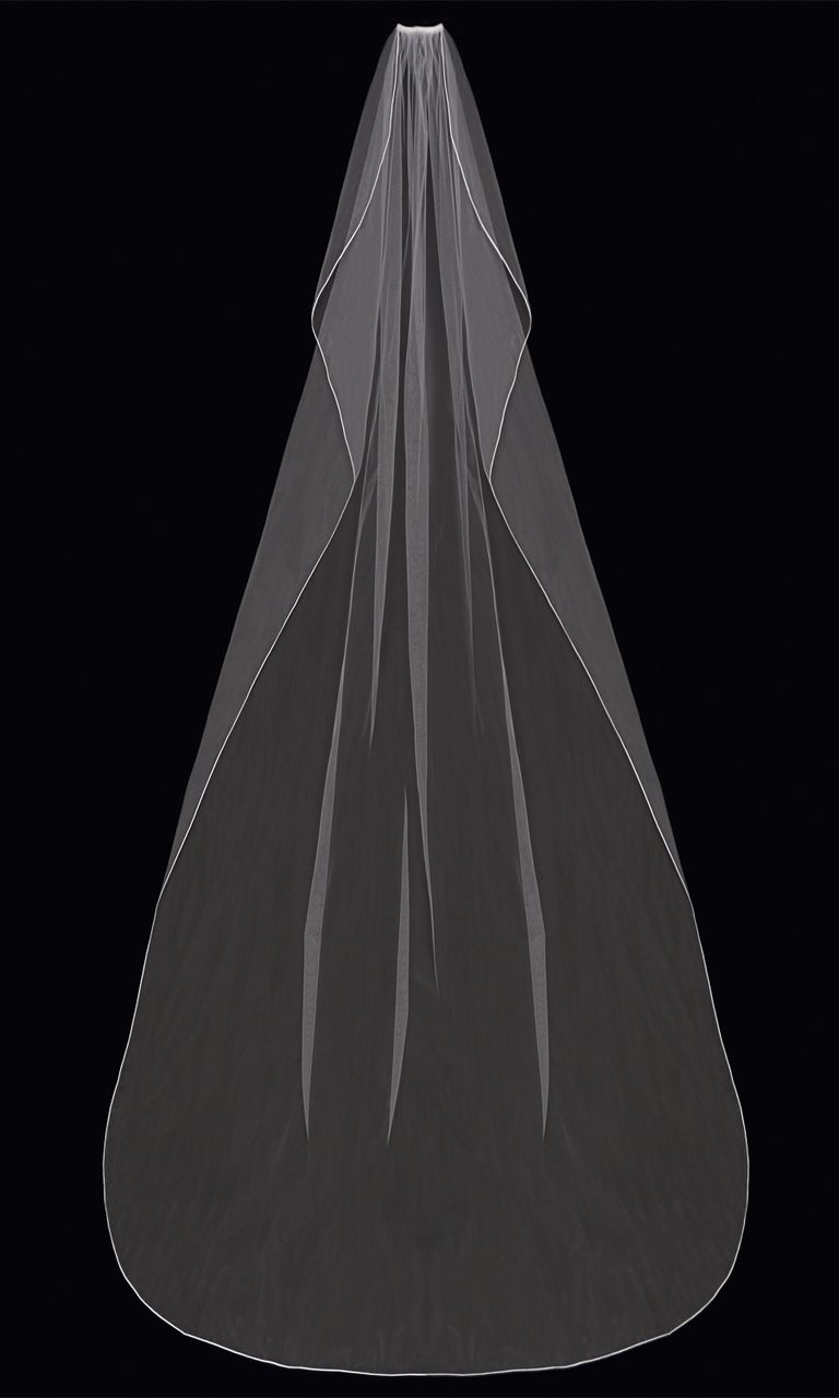 Cathedral Wedding Veil With Satin Cord Edge EnVogue V63C