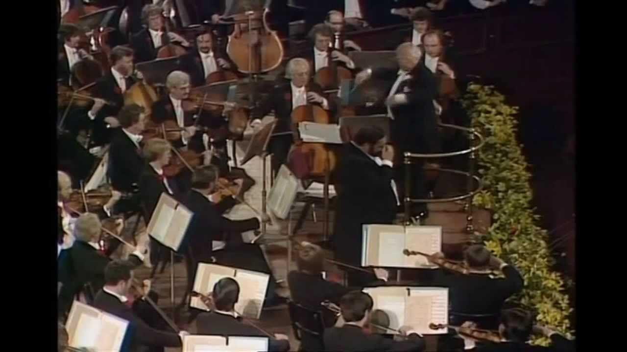 Luciano Pavarotti Amira Willighagen Singing Live Nessun Dorma