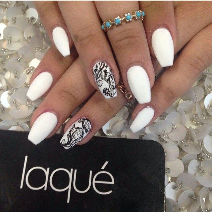 matte with black and white design | Coffin/Ballerina Nails ...