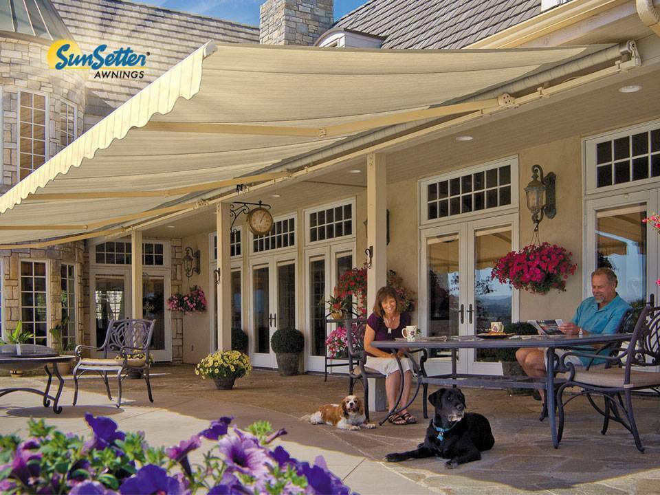 Sunsetter Motorized Retractable Awning 20x10 Ft Deck Patio Sunsetter Awning In 2020 Patio Patio Deck Retractable Awning