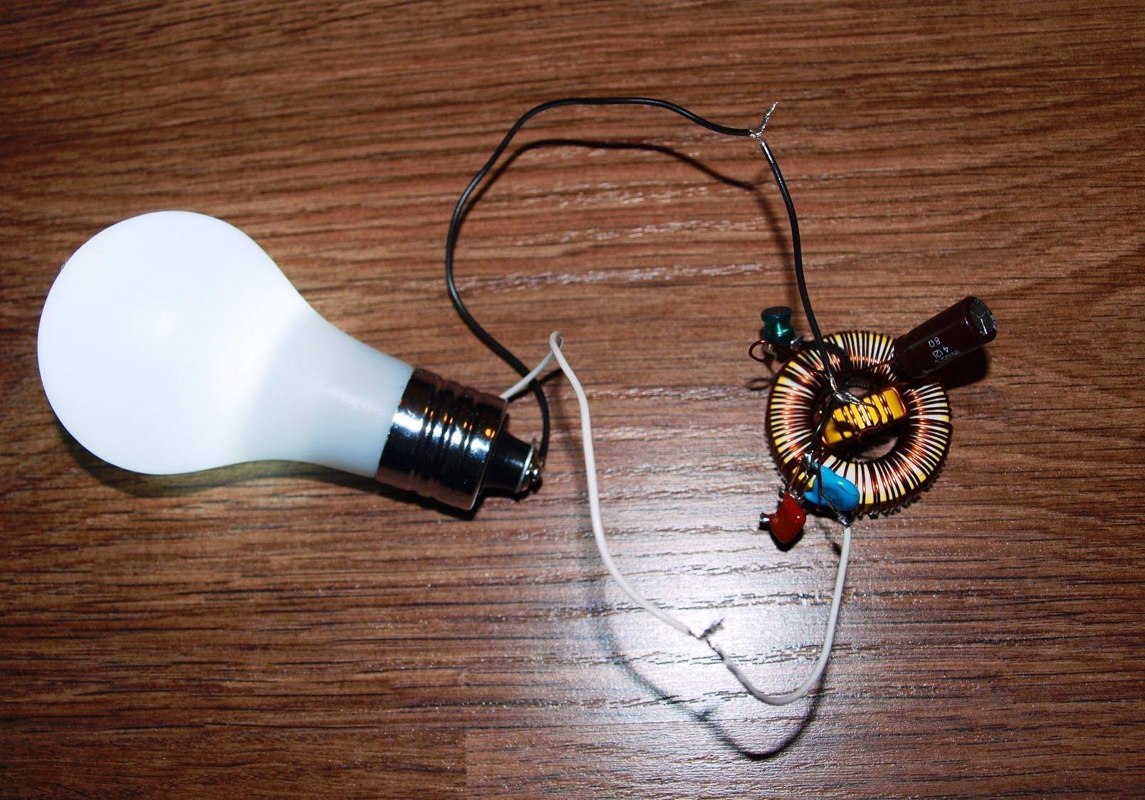 "Free Energy Light Bulb ""Free Energy"""