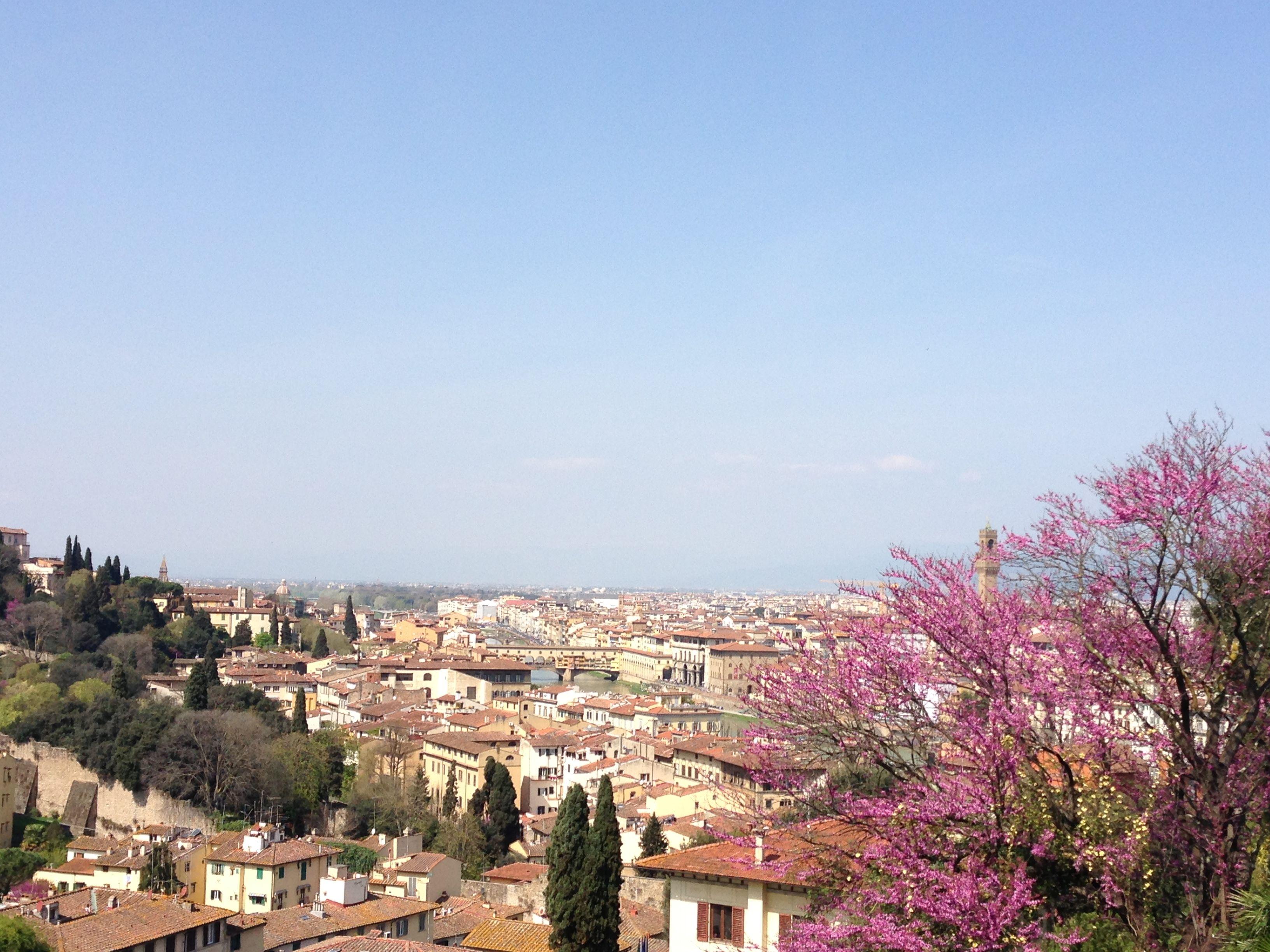 Vista di Firenze da Piazzale Michelangelo. A view of #Florence from #Piazzale #Michelangelo.