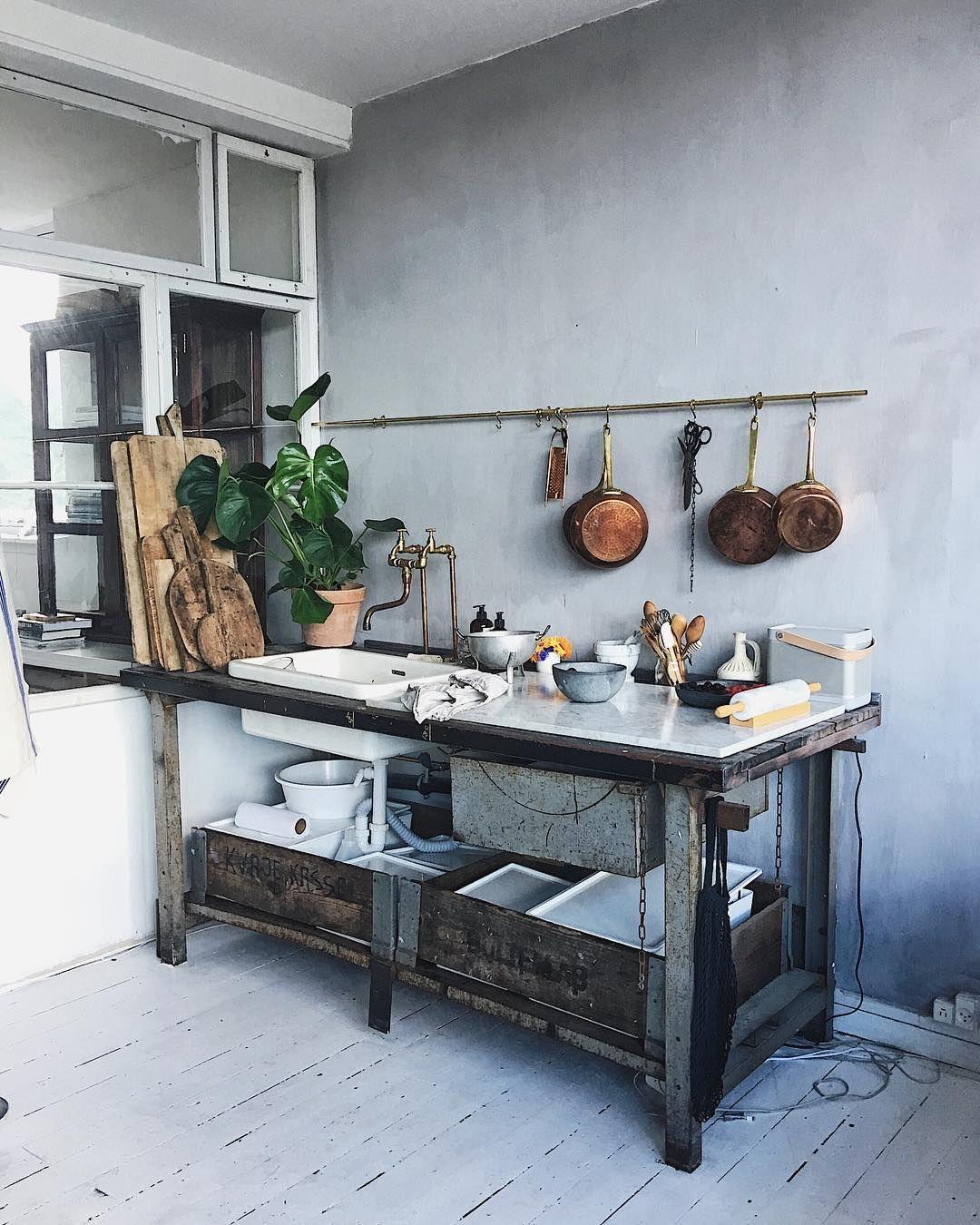 Signe Bay´s charming industrial kitchen in her Copenhagen studio ...