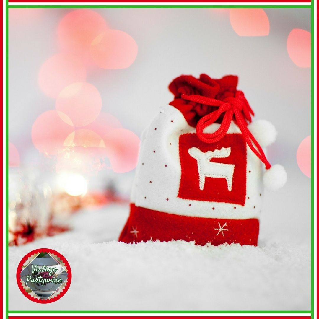 Secret santa | Office Christmas Party Ideas | Blog post from Vintage ...