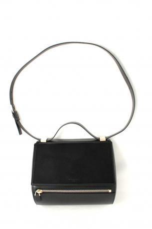 c2a4ead75682 Givenchy New Pandora Box. Handbag or shoulder bag in calfskin color black