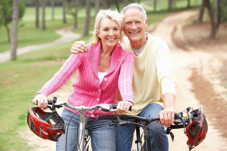 dieta-cetogenica-cancer-de-casal-idosos