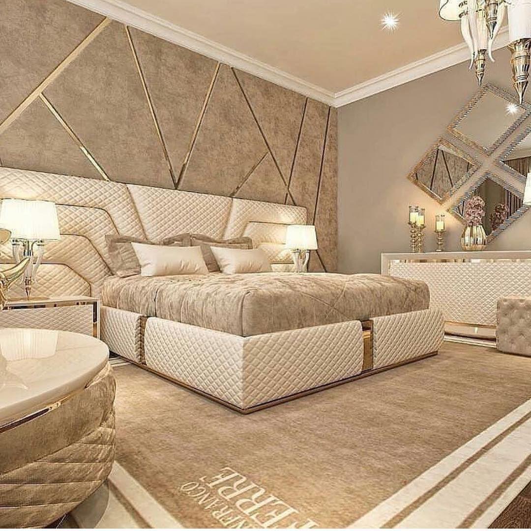Ocenite Spalnyu Po 10 Balnoj Shkale Podpisyvaemsya Na Nash Vtoroj Pablik Dekor I Dizain Bedroom Bed Design Bedroom Furniture Design Luxurious Bedrooms Modern luxury bedroom set
