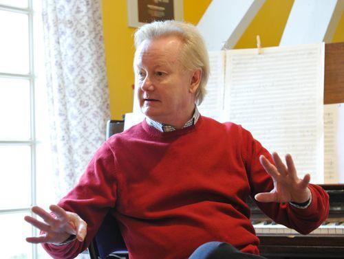 Roger Steptoe le compositeur Escroc qui a escroqué les artisans de - cree sa maison en d