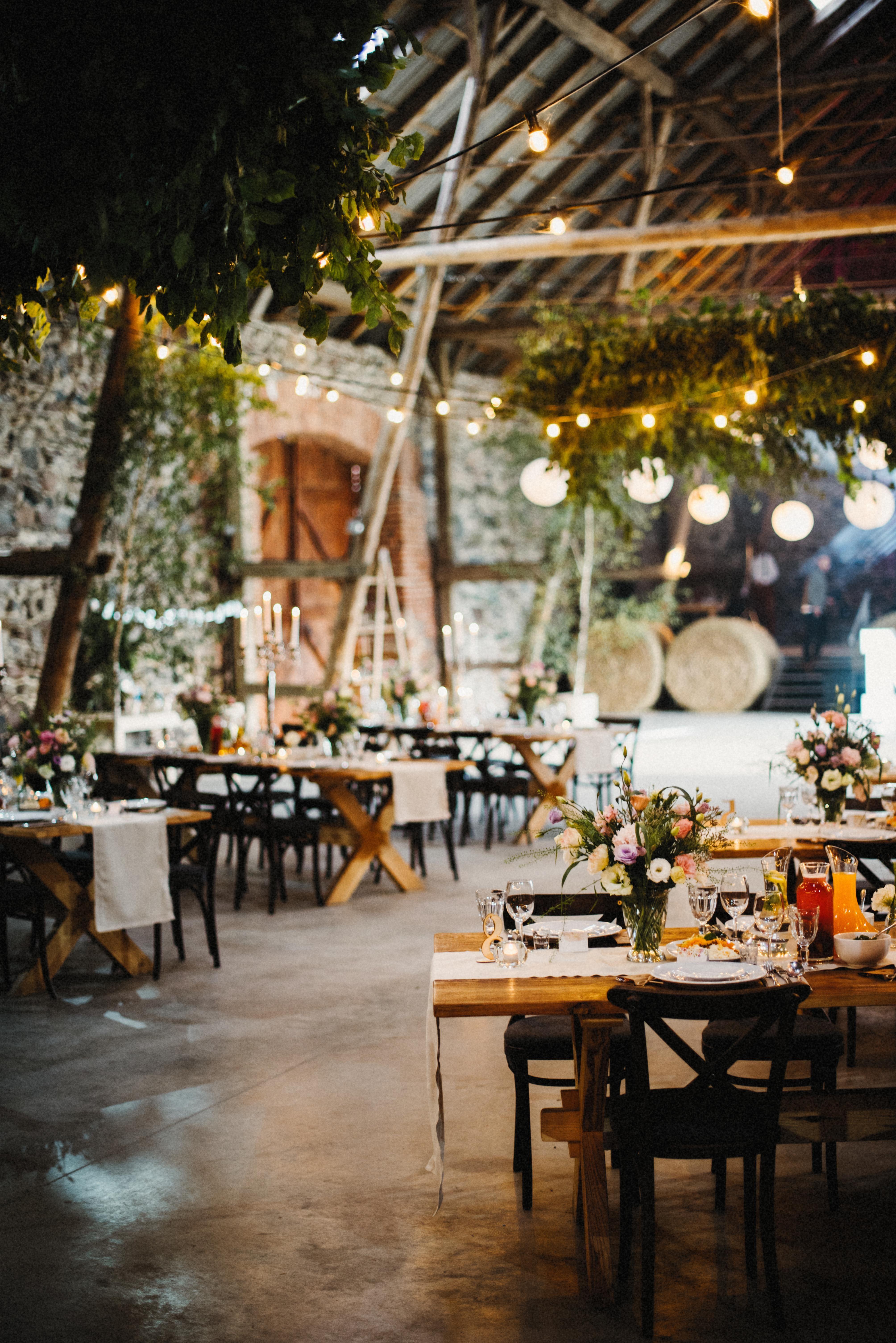 Inna Studiorustic Wedding Wedding In The Barn Wedding In The
