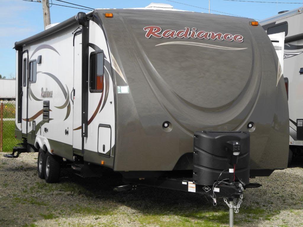 2015 Cruiser Rv Radiance 28rlss Rear Living Travel Trailer I94rv