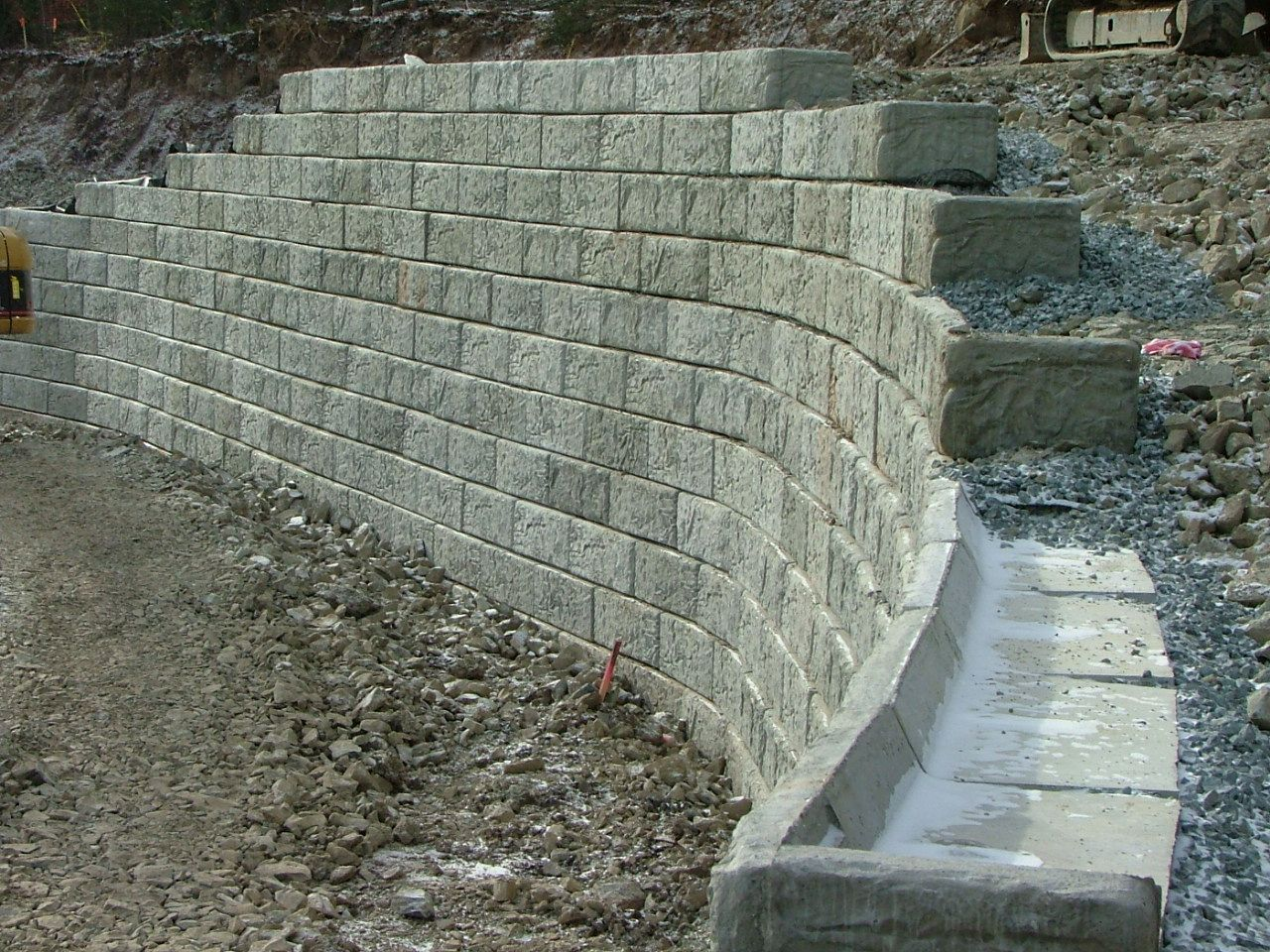 Concrete Block Retaining Wall Design block wall retaining wall The Article Shows Installation Methods And Discusses Advantages Of Each Retaining Wall Material Modern Concrete Block Walls Are Fairly Sophisticated System
