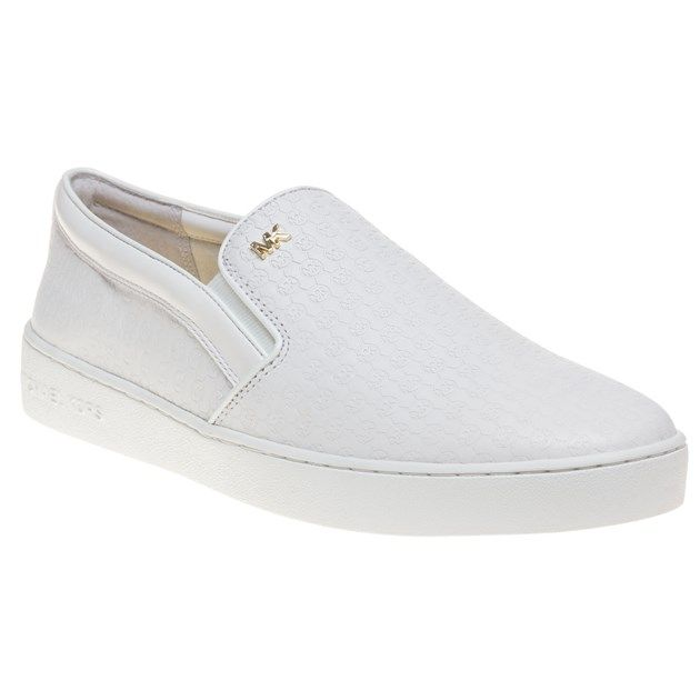 Get noticed in these effortlessly and fashionable Michael Kors Colby white  slip-ons.