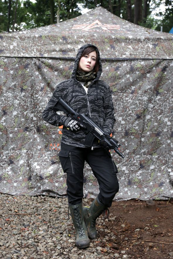 Useful Japanese girls with airsoft guns shooting